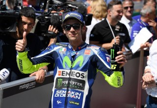 Valentio Rossi secures 2017 MotoGP Fan World Championship