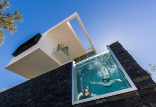 Acrylic pool windows