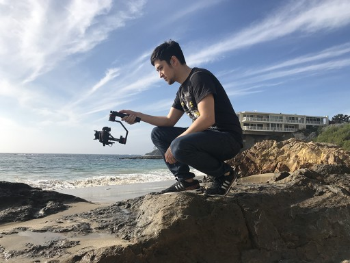 Snoppa Released the Lightest and the Most Versatile Motorized Stabilizer for Lightweight Cameras and Phones