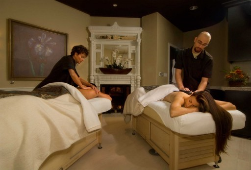 couples massage at Spa of the Rockies