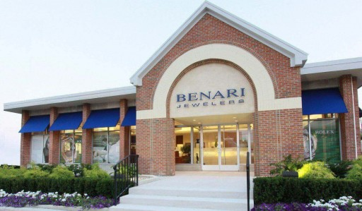 BENARI JEWELERS Extends Tempting Offers to Attendees of Their Annual Tacori Trunk Show