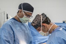 OrthoAtlanta Surgeons Perform Knee Replacement Surgery