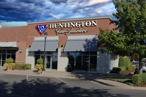 Huntington Fine Jewelers Opens New Showroom in Midwest City, Oklahoma