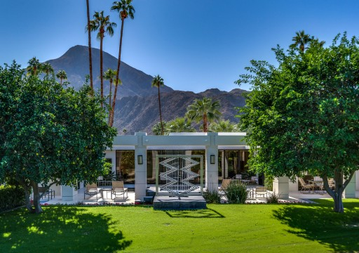 Phenomenal Architectural Style and Classic Design in the Heart of Indian Wells, California
