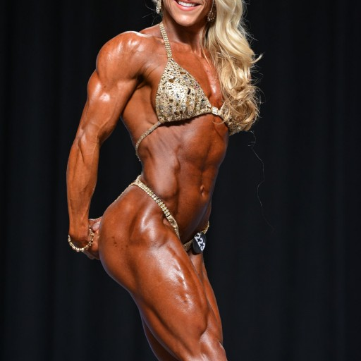 Kat Secor Makes Pro Bodybuilding Debut