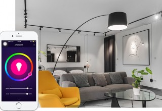smart light bulb from Smalux