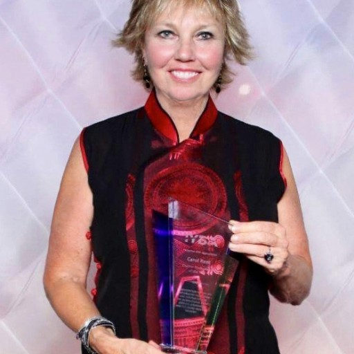Carol Kent Wins Top Charter Yacht Broker of the Year Award From IYBA