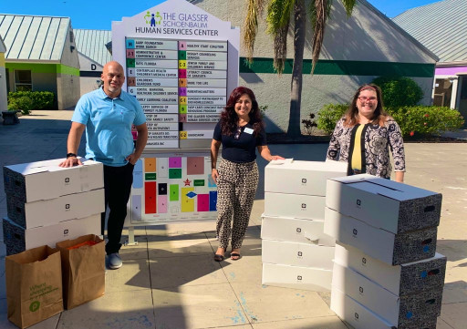 Local Small Business Owner Donates Thanksgiving Dinners to Sarasota Families in Need at Parenting Matters