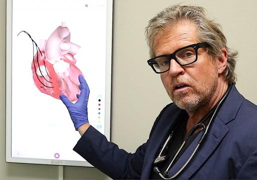 Los Angeles Cardiologist Dr. Ernst Von Schwarz Implants New Device to Treat Heart Failure