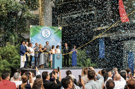Scientology Welcomed to the Crossroads of the World