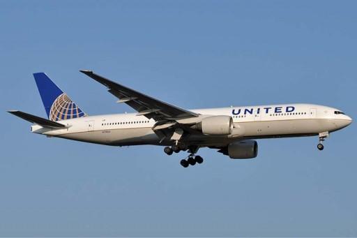 Scott Maldonado Tackles Unruly Airline Passenger