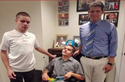 Challenged-Teens Challenge Stereotypes With Holiday Fundraising Campaign to Help Disabled Families