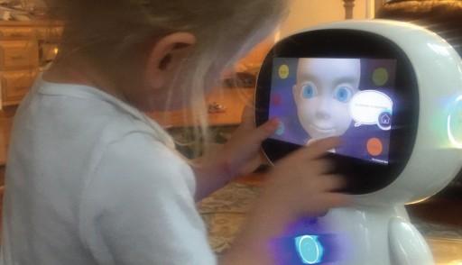 MindHeart Lab, Maker of the EduPal Robot, Donates Robot for Autism at 'Denim, Diamonds & Stars'
