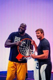 Shaq and Gronk at Shaq's Fun House vs Gronk Beach, Presented by The General Insurance