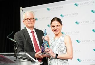 Bianna Golodryga Receives Keystone Leadership Award