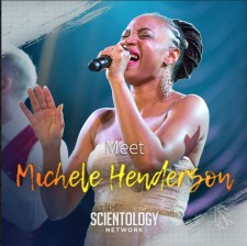 Singer-songwriter Michele Henderson
