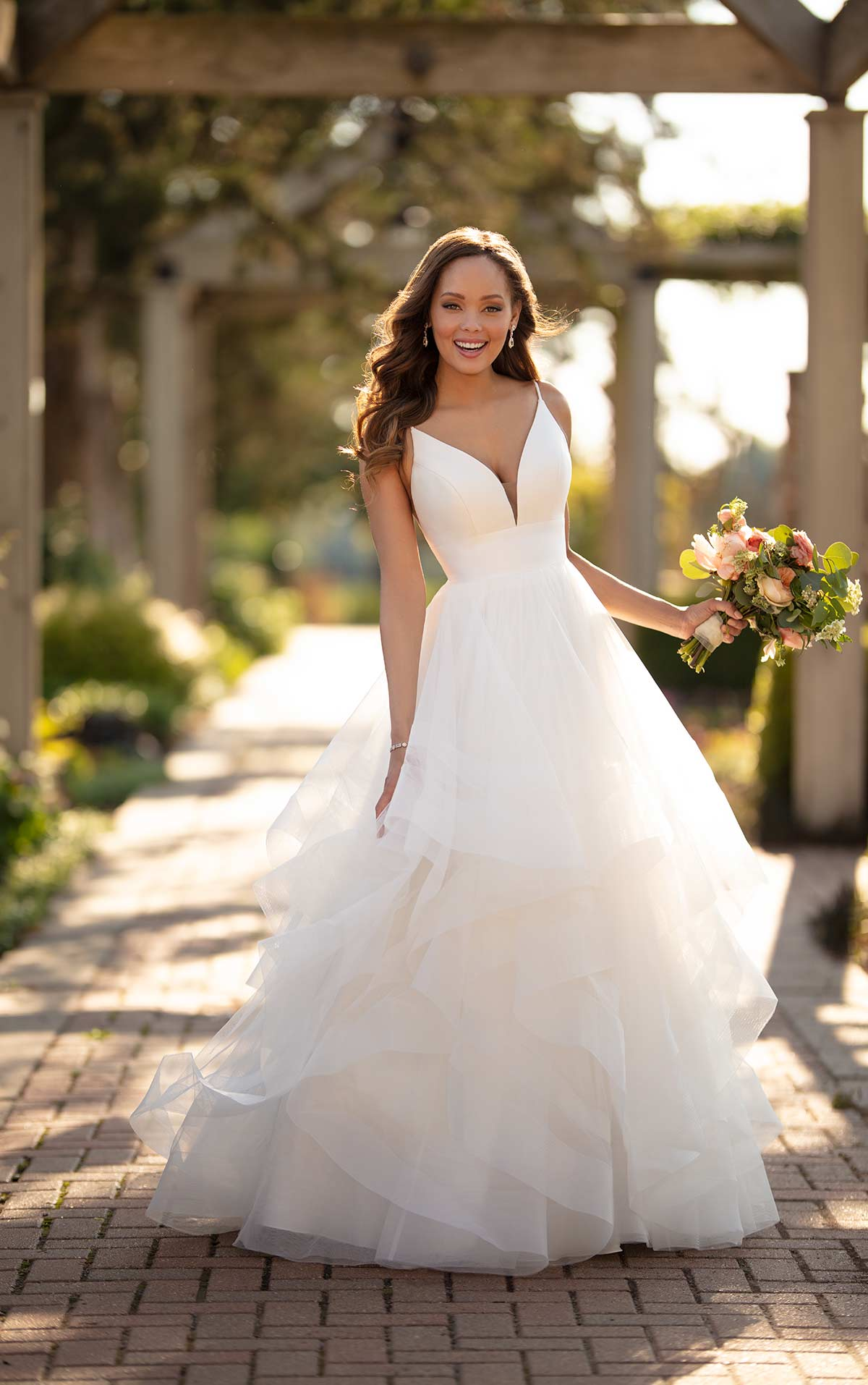 Say Hello to 2020: Wedding Dress Designer Stella York ...