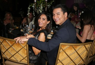 Host of the Evening, Mario Lopez with wife Courtney Lopez