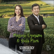 Scientologists Masao Oyaizu and Yuki Mori
