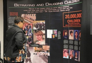 Visitors learned of psychiatric human rights abuse.