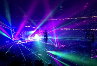 Violet Lasers Create Unique Displays at Coldplay's A Head Full of Dreams Tour