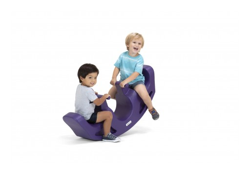 Simplay3 Presents a Modern Variation of the Classic Teeter Totter Toy