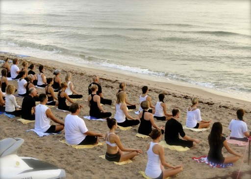 The Master Teacher of Hot Yoga Conducts Teacher Training on Fort Lauderdale Beach