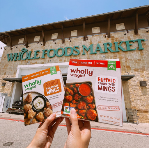 Wholly Veggie Launches Cult Favorite Buffalo Cauliflower Wings Nationwide at Whole Foods