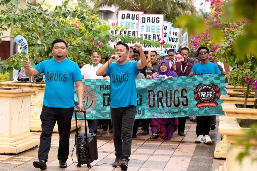 Voices for Humanity Combats Drugs With Khai Aziz