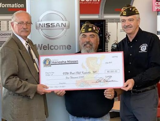 Kenosha Nissan Donates $5,000 to Local VFW