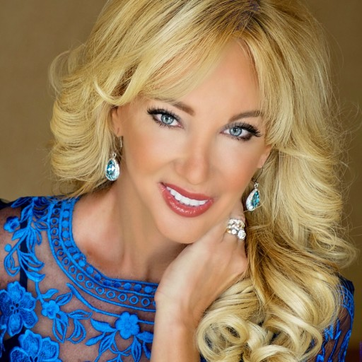 Torticollis Warrior Laura Kutryb Crowned Mrs. Elite Sunshine State Woman of Achievement for National Pageant!