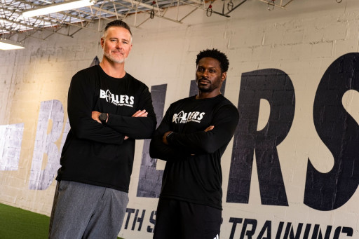 Business Pro Grant Conness Teams Up With Former NFL Standout Julius Jones to Create New Youth Sports Training Program