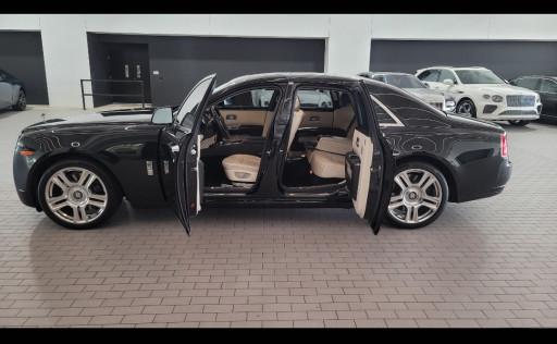 Billy Carson of 4biddenknowledge is Raffling Off His Rolls Royce Ghost