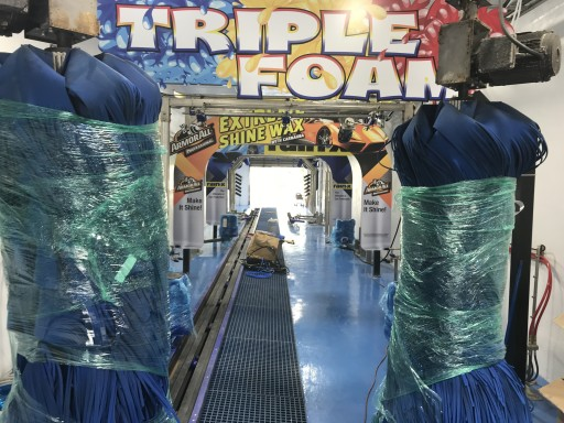 Boca Raton Car Wash Has Tunnel Vision