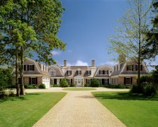 Witchwood, a Martha's Vineyard homestead designed by Patrick Ahearn Architect