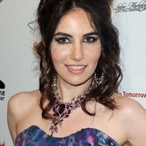 Actress and Fashion Blogger Vida Ghaffari Is Nominated for an Entrepreneur Award