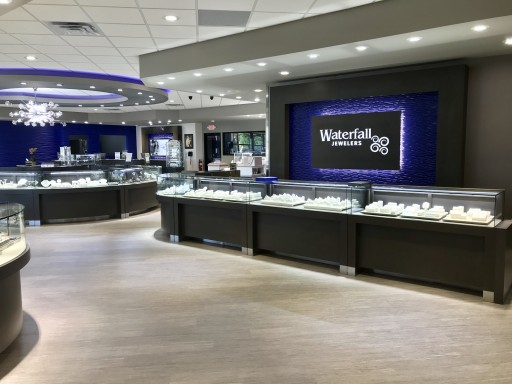 Offering Amazing Holiday Selections and Savings, Waterfall Jewelers Raises the Bar for Gift-Giving