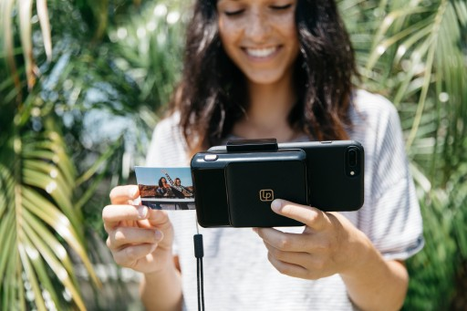 The New Instant Print Camera From Lifeprint Turns the iPhone Into a Classic Instant Photo Printer