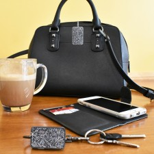 Finders Key Purse Plus™ Lifestyle