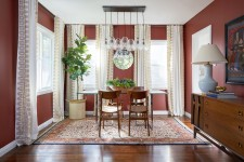 Dunn-Edwards 2019 Color of the Year Spice of Life