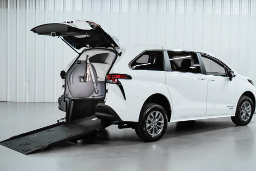 Freedom Motors USA Announces World's First Wheelchair-Accessible 2021 Toyota Sienna Hybrid Conversion