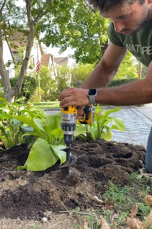 Power Planter Offers Fall Gardening Tips