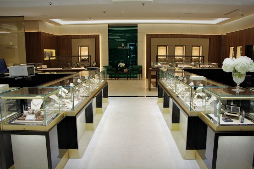 Damiani Jewellers Opens Their Doors to the Public After Floor-to-Ceiling Store Renovation