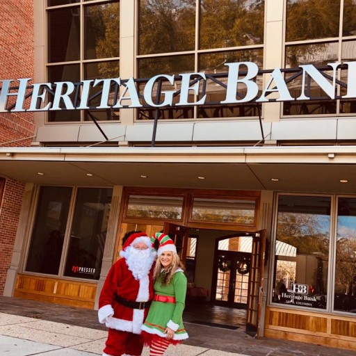 Santa Claus Visits Heritage Bank in Covington, La.