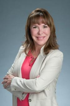 Laura Annas, RN, BSN, Visiting Angels Director of Nursing