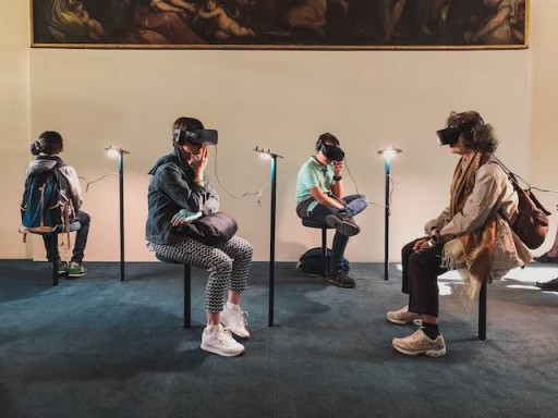 CMSWire   6 Ways Businesses Are Using Augmented and Virtual Reality Today
