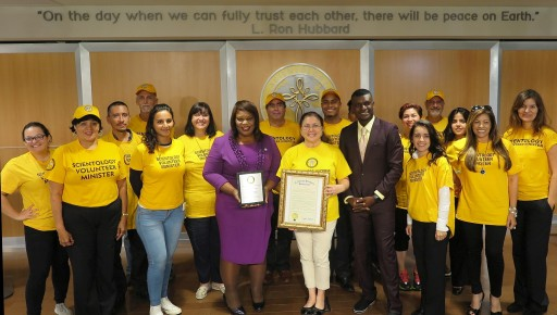State Senator Thanks the Scientology Volunteer Ministers of Miami