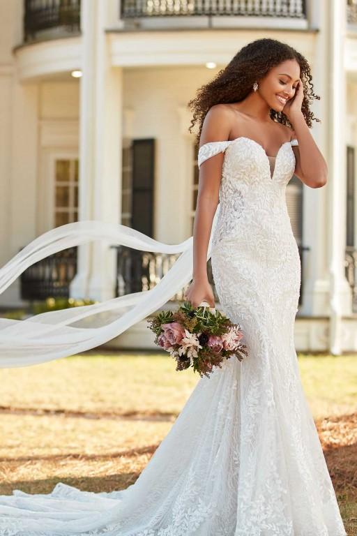 International Wedding Dress Designer Martina Liana Releases New Collection