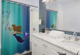 Mermaid shower curtains to brighten up the bathroom