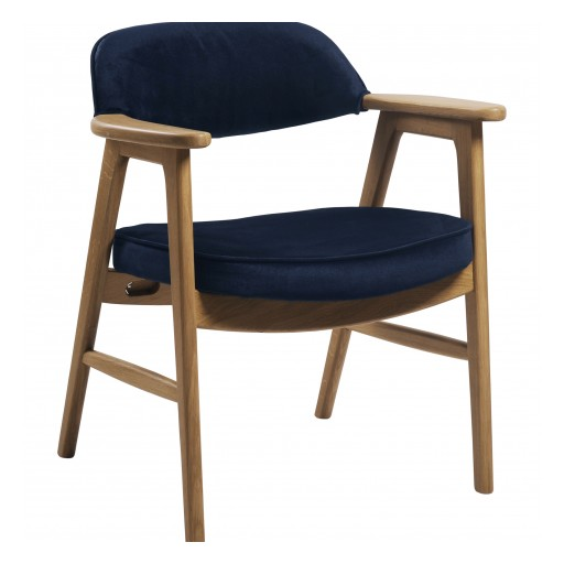 Regency Furniture Unveils Patent-Pending 9476 Side Chair